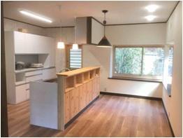 導線がとても良くなりました。 家事スペースも広くなり、明るくなって、とても快適です。